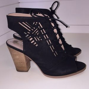 Restricted Shoes - Restricted Cut Out Black Leather Bootie Women's 9